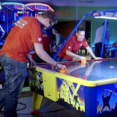 Laserzone Junggesellenabschied laserzone_essen_borbeck_airhockey2