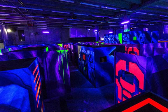 Junggesellenabschied Kiel laserzone_kiel_arena_header