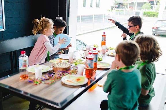 Kindergeburtstag Kiel laserzone_kiel_kindergeburtstag_header
