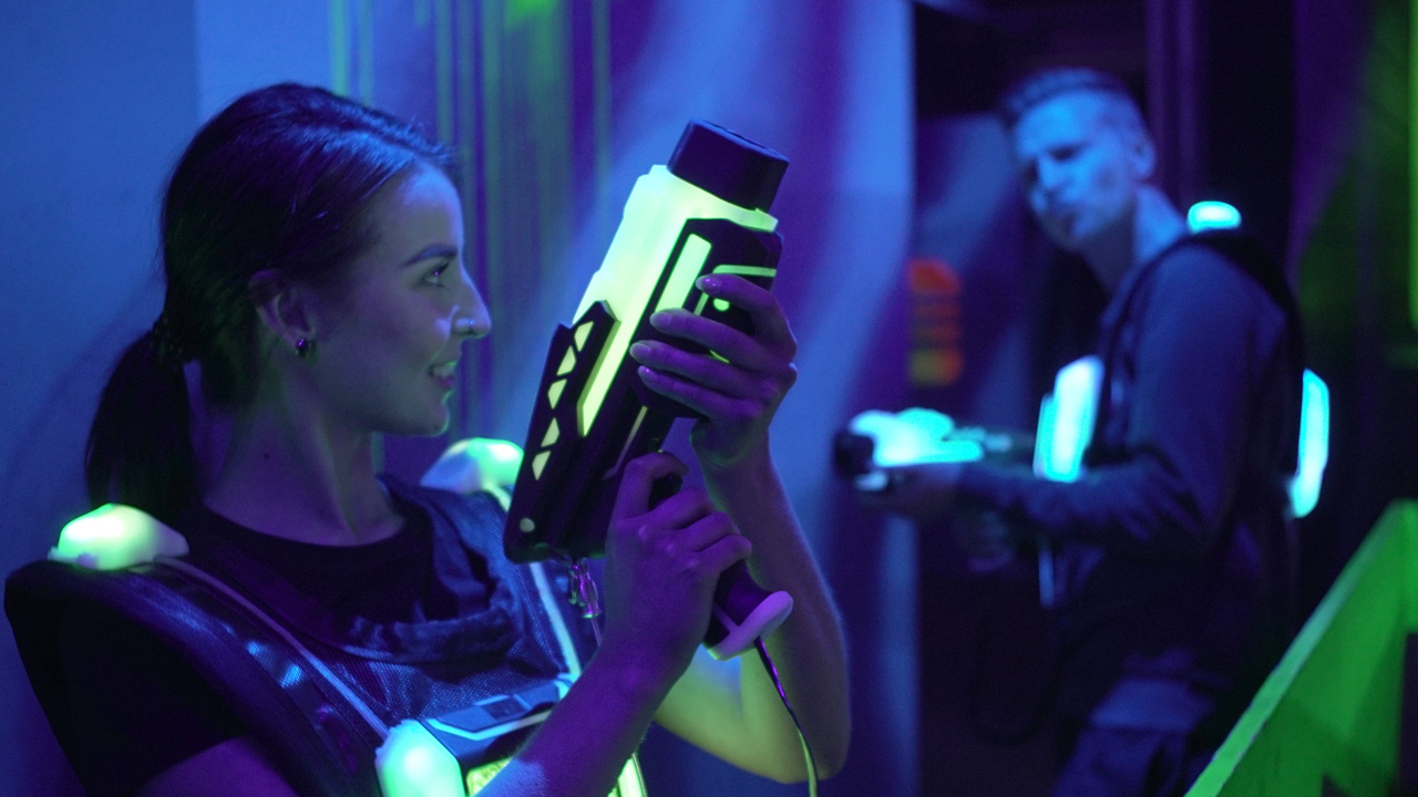 Erwachsenengeburtstag Mainz laserzone_mainz_lasertag_action1