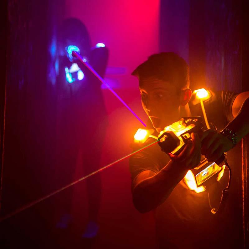 Junggesellenabschied Mönchengladbach laserzone_moenchengladbach_lasertag_action_sq_5
